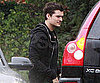Slide Picture of Orlando Bloom Avoiding the Rain in LA
