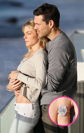 Pictures of LeAnn Rimes Engagement Ring With Eddie Cibrian