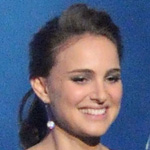 Photos of Natalie Portman at the People's Choice Awards in a Jason Wu Dress