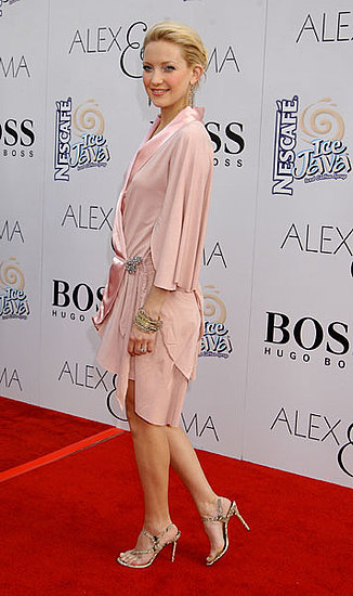 With a little draping, you could hardly tell Kate Hudson was pregnant at the Alex & Emma premiere in June '03.