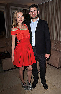 Pictures of Diane Kruger and Joshua Jackson 2011-01-14 09:38:22