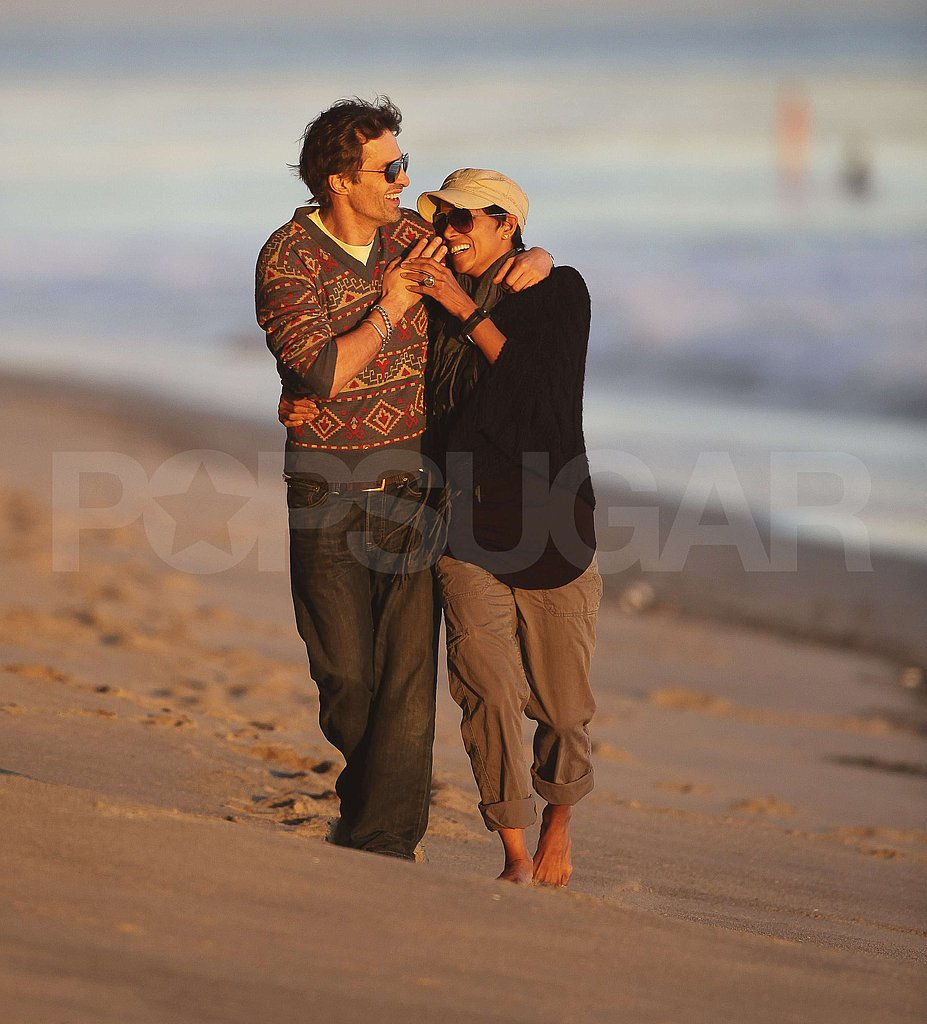 Halle Berry and Olivier Martinez Enjoy a Loving, PDA-Filled Malibu Beach Stroll!