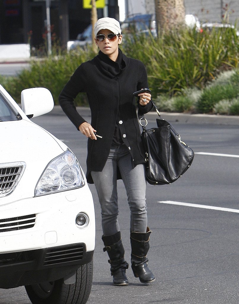 Pictures of Halle Berry School Shopping For Nahla in LA