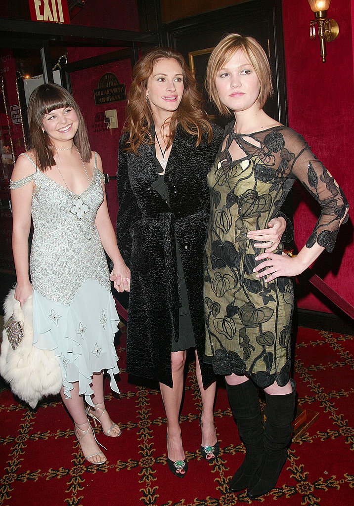 Sharing a glamour moment with Julia Roberts and Julia Stiles in '03.