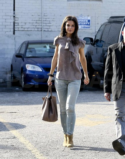 Katie Holmes Flashes a Smile During an Afternoon of Shopping