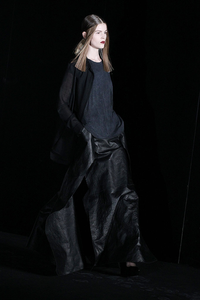 2011 Fall New York Fashion Week: Theyskens' Theory