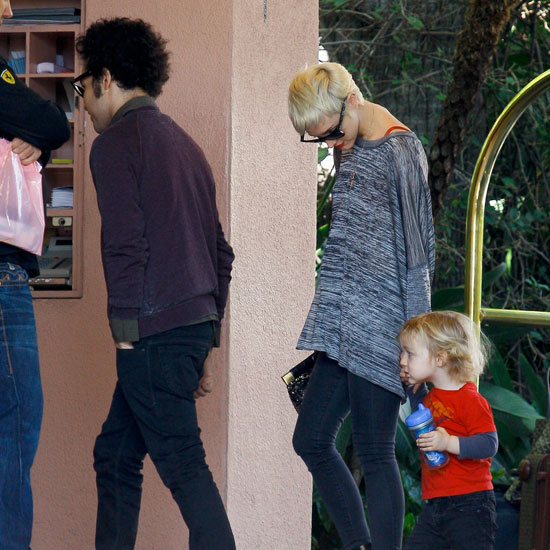Pictures of Estranged Couple Ashlee Simpson and Pete Wentz at Lunch on Valentine's Day