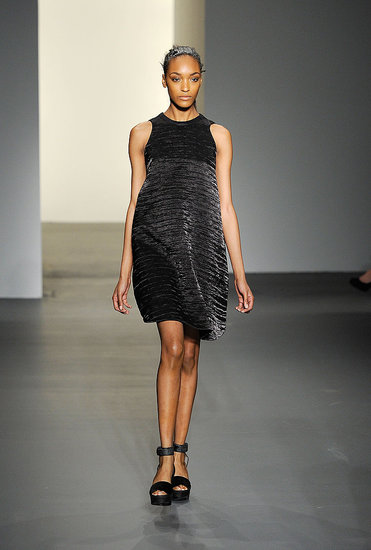 2011 Fall New York Fashion Week: Calvin Klein Collection
