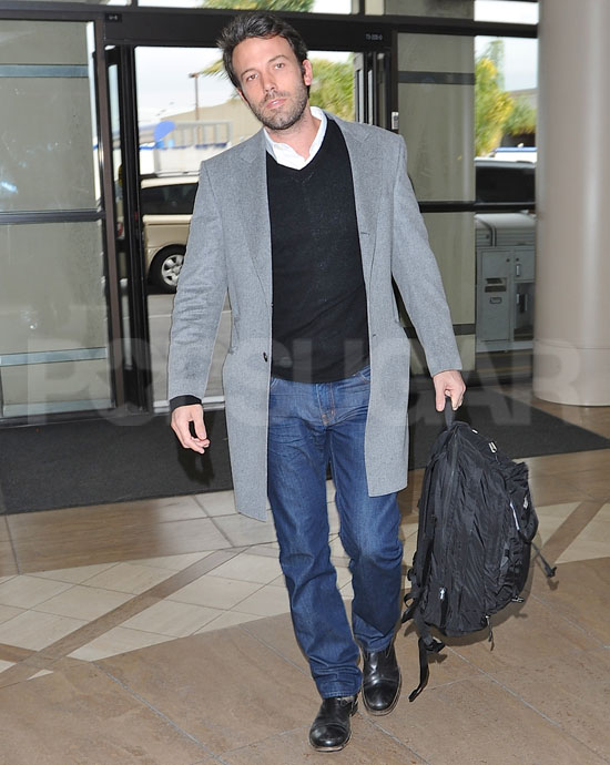 Get in Line — Ben Affleck's Handing Out Hugs!