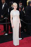 Michelle Williams Is a Blonde Oscars Bombshell in Chanel!
