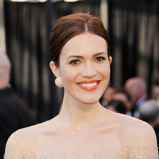 Pictures of Mandy Moore 2011 Oscars Performer on the Red Carpet