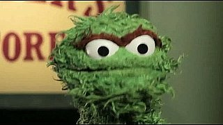 Oscar the Grouch Reveals His 2011 Oscar Picks
