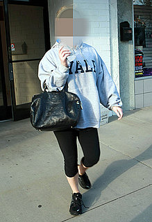 Picture of Celebrity Leaving Tracy Anderson Method Studio Holding Louis Vuitton Purse