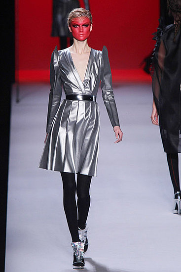 Fall 2011 Paris Fashion Week: Viktor & Rolf