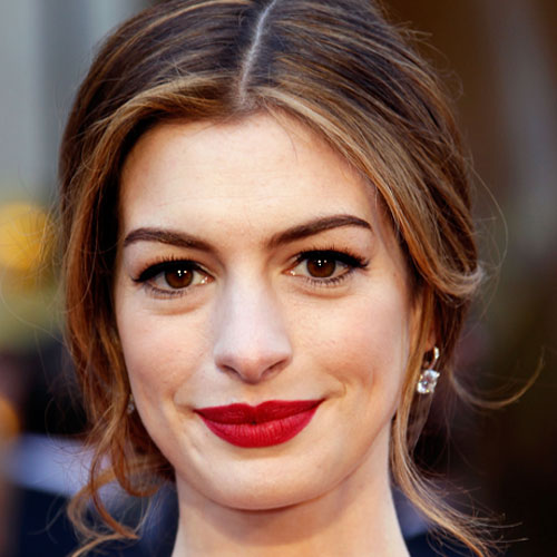Get a Behind the Scenes Look at All 8 of Anne Hathaway's Oscars Makeup Looks
