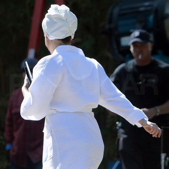 Guess Who Wore Her White Bathrobe on Set?