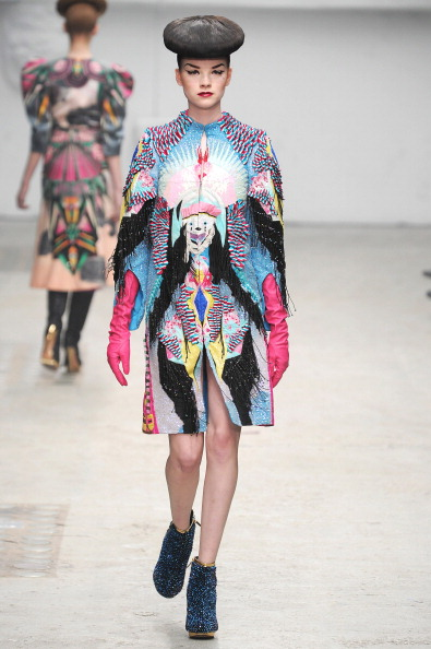 Manish Arora Fall 2011