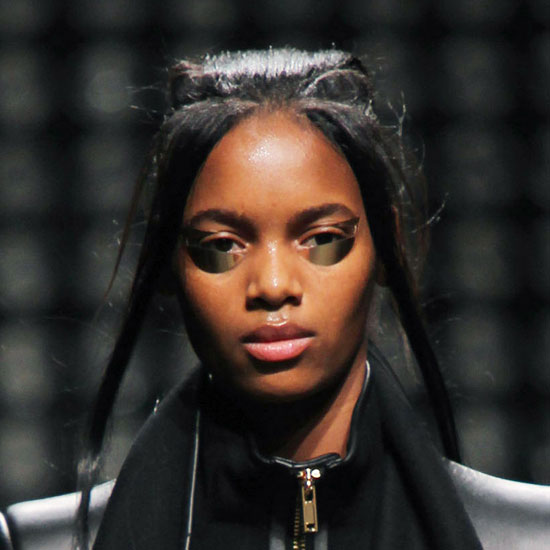 Beauty Look at Gareth Pugh's 2011 Fall Paris Fashion Week Show 2011-03-04 03:05:00