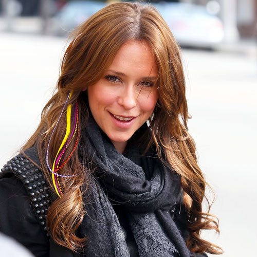 Jennifer Love Hewitt's Feather Hair Extensions