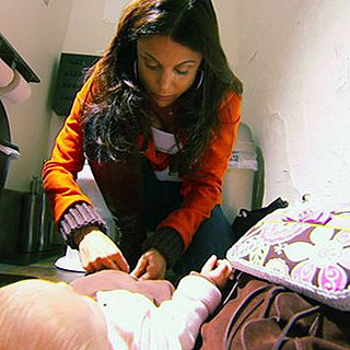 Bethenny Frankel Tries to Change Her Baby's Diaper