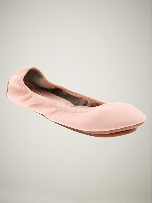 Gap City Flat ($25, originally $40) Why: You should stock up on these. They're super comfortable, they come in a ton of gorgeous colors, and they're perfect for throwing on for the walk home from work.