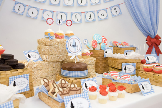 Take a Step Back in Time With Retro Birthday Party Themes