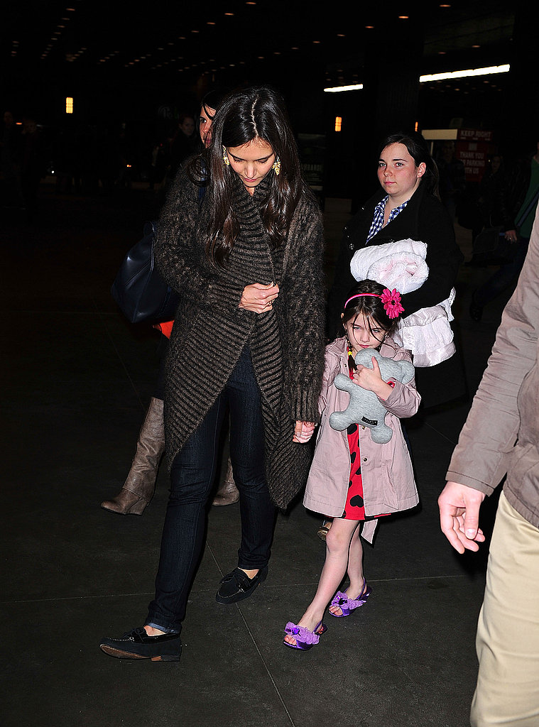 Katie and Suri Wrap Up a Fashionable Few Days With a Night of Theater
