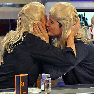 Pictures of Orlando Bloom Wigging Out and Kissing the Host on Spanish TV's El Hormiguero