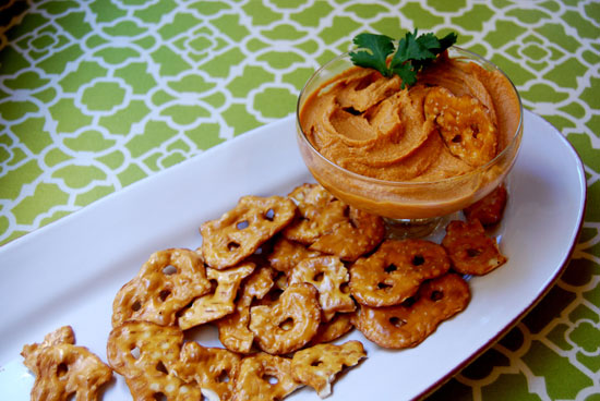 Smoky Chipotle Hummus Dip