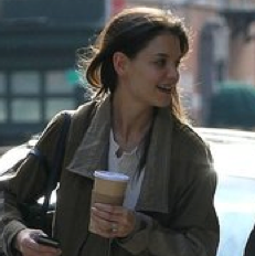 Pictures of Katie Holmes Leaving Her Hotel in NYC