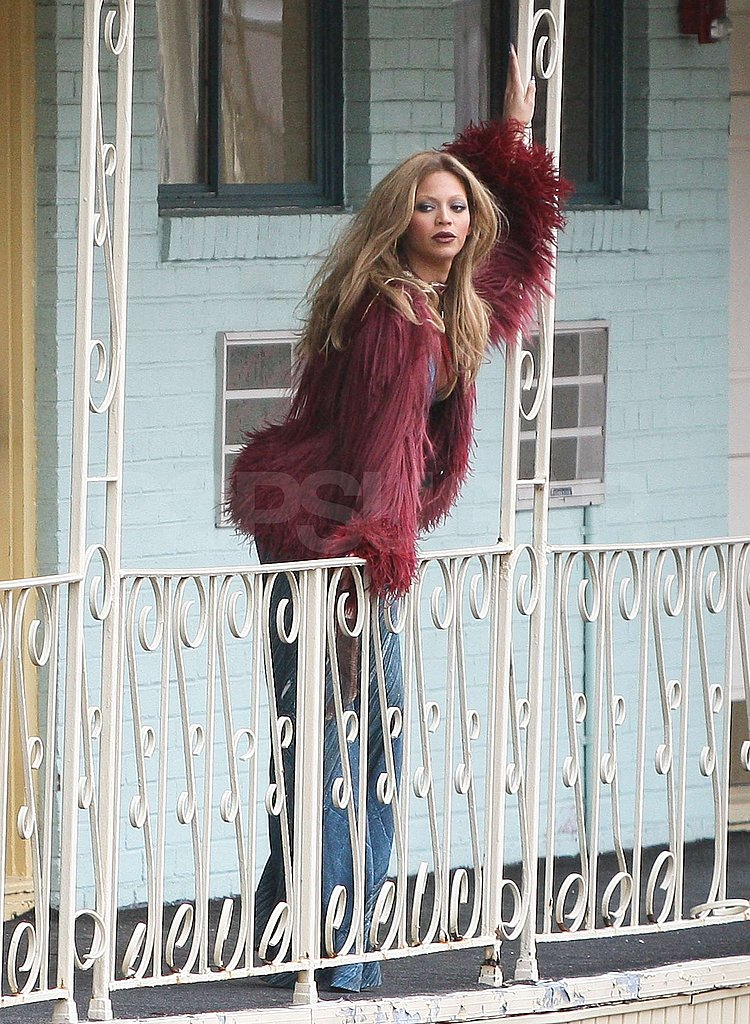 Beyoncé Knowles Glams Up a Cheap Motel in Jersey
