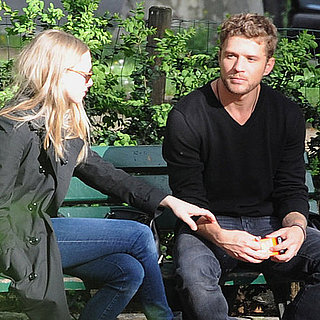 Pictures of Amanda Seyfried and Ryan Phillippe Cuddling in Paris