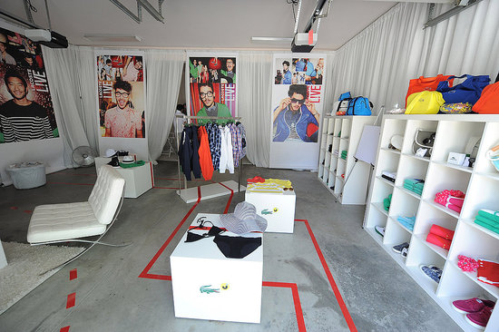 Inside the tents, pretty Lacoste colors.