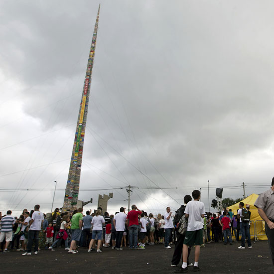 World&#039;s Tallest Lego Tower in Brazil