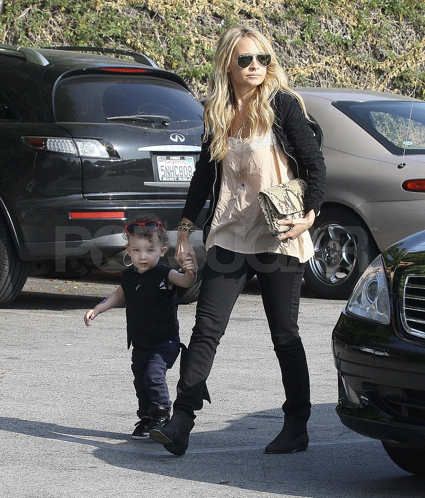 Nicole Richie Has a Lunch Date With Harlow and Sparrow