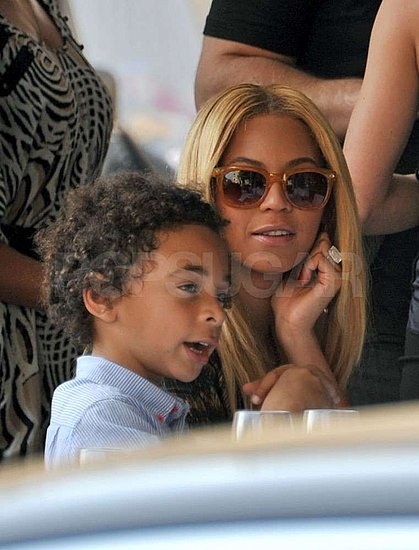 Beyoncé Has a Lunch Date With Jay-Z and Their Nephew in the City of Lights