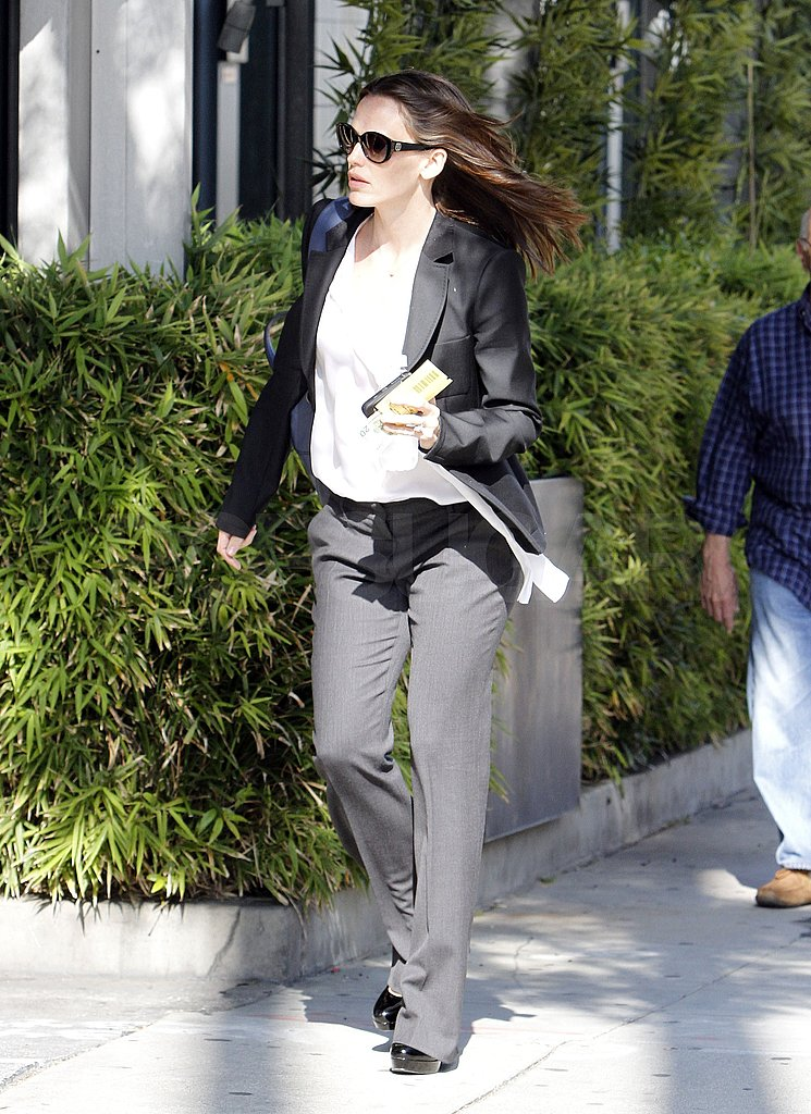 Jennifer Garner Takes Care of Business While Ben Affleck Turns Down Great Gatsby Role
