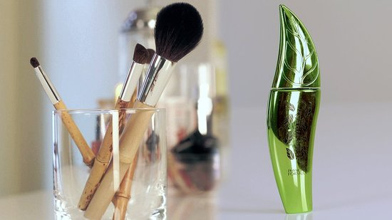 Five Eco-Friendly Products For Scoring a Fresh Makeup Look