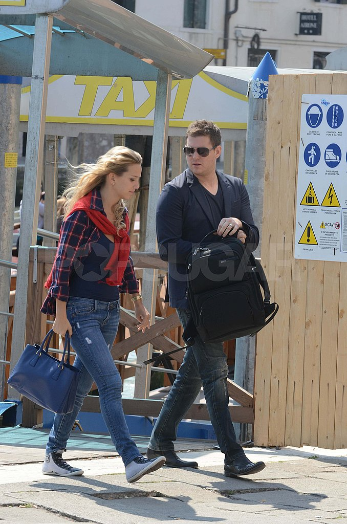Michael Bublé and Luisana Lopilato Take Their Newlywed Glow to Milan