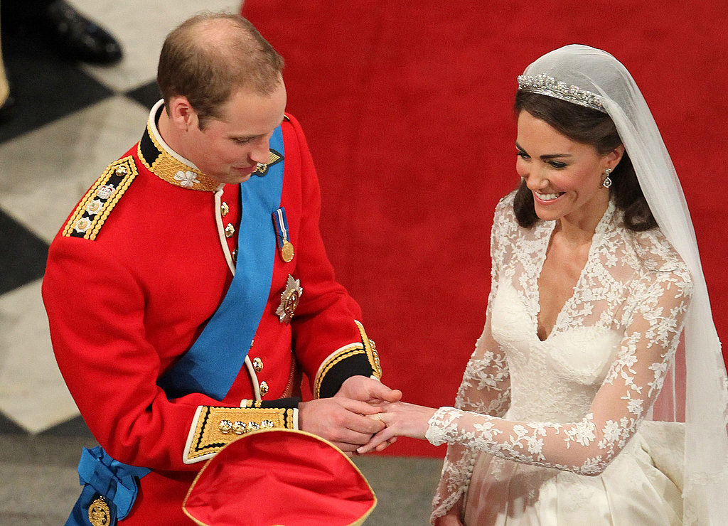 William had trouble getting the ring on Kate's finger.