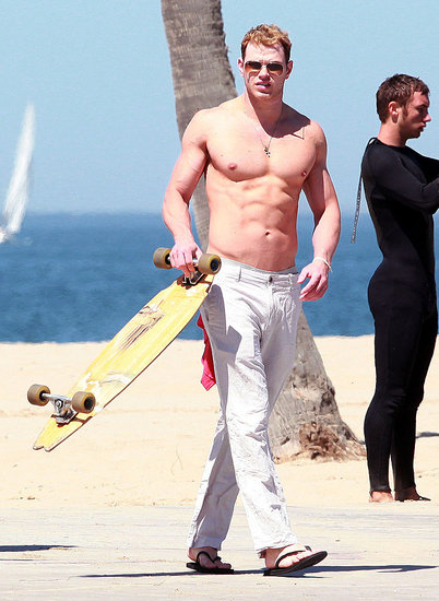 Kellan Lutz Strips Down For a Shirtless Skateboard Ride!