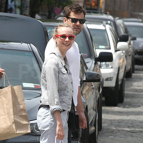 Diane Kruger and Joshua Jackson Holding Hands in NYC