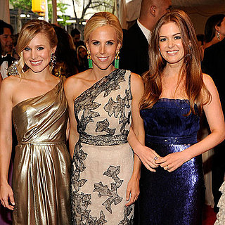 Pictures of Isla Fisher at Met Gala 2011-05-02 16:45:57