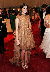 Hailee Steinfeld(2011 Met Gala...&quot;Alexander McQueen: Savage Beauty&quot;)