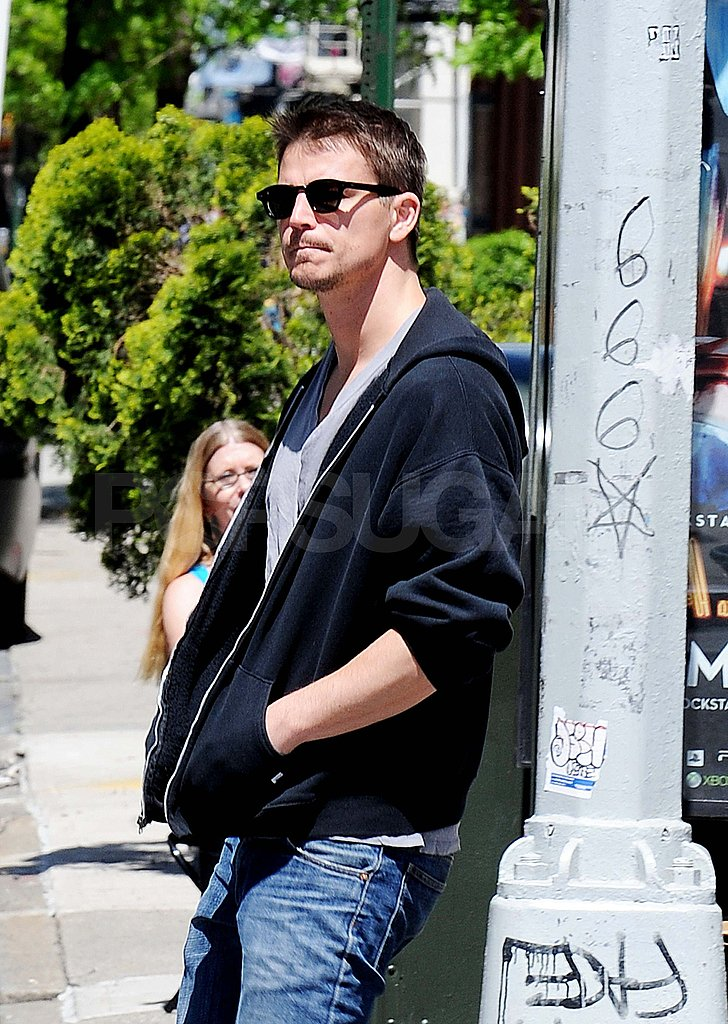 Josh Hartnett Heats Up the NYC Streets