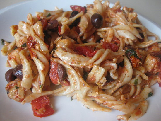 Sun-Dried Tomato Pasta Salad
