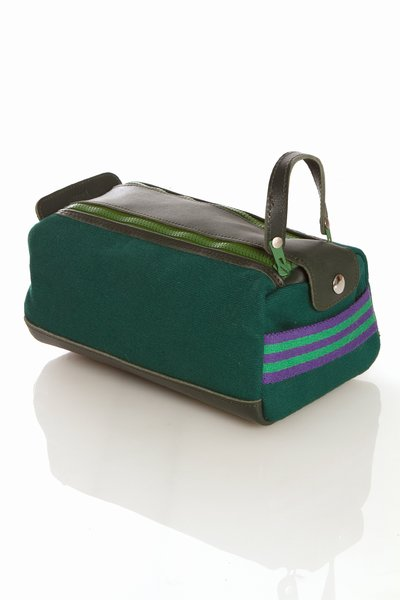 10 Cool Toiletry Cases