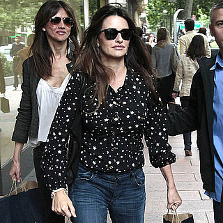 Pictures of Penelope Cruz Shopping at Zara