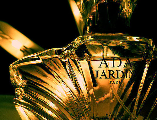 Can Perfume Invoke Specific Moods?