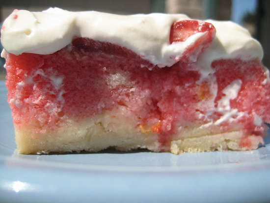 Pat and Gina's Strawberry Cake
